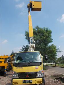 sewa mobil crane 11 meter