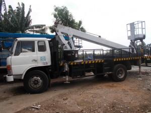 mobil crane hino 22 meter
