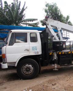 mobil crane 20m meter mobil baru